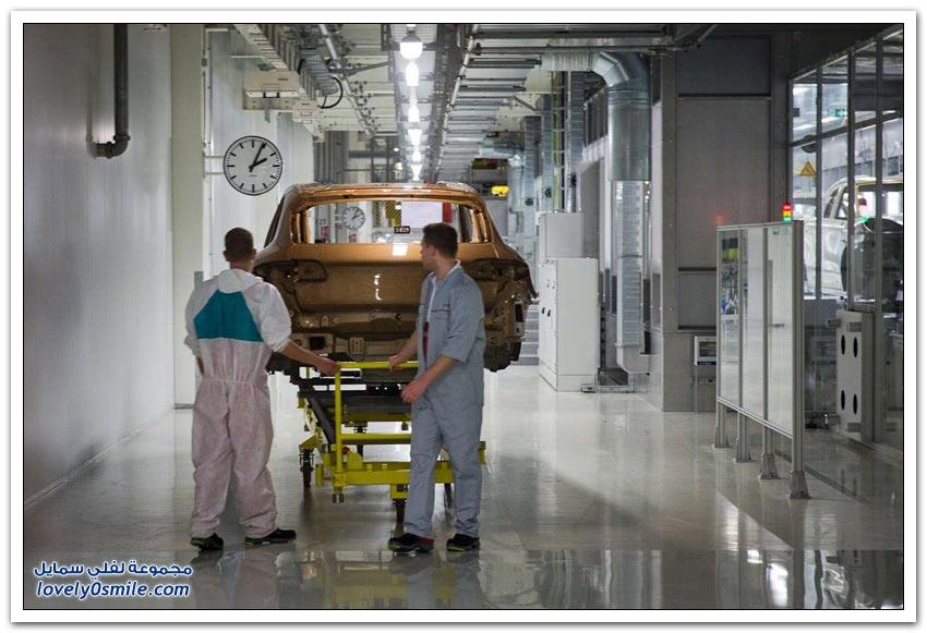 مصنع بورشه في مدينة لايبزيغ الألمانية