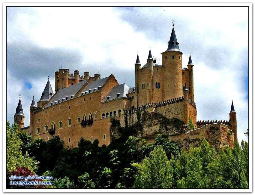 أشهر القلاع الإسبانية