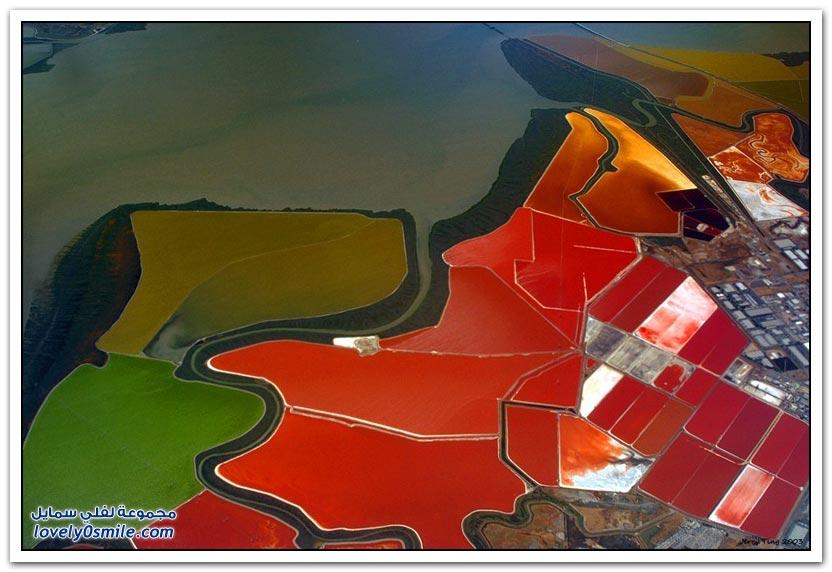 أحواض الملح الملونة في خليج سان فرانسيسكو