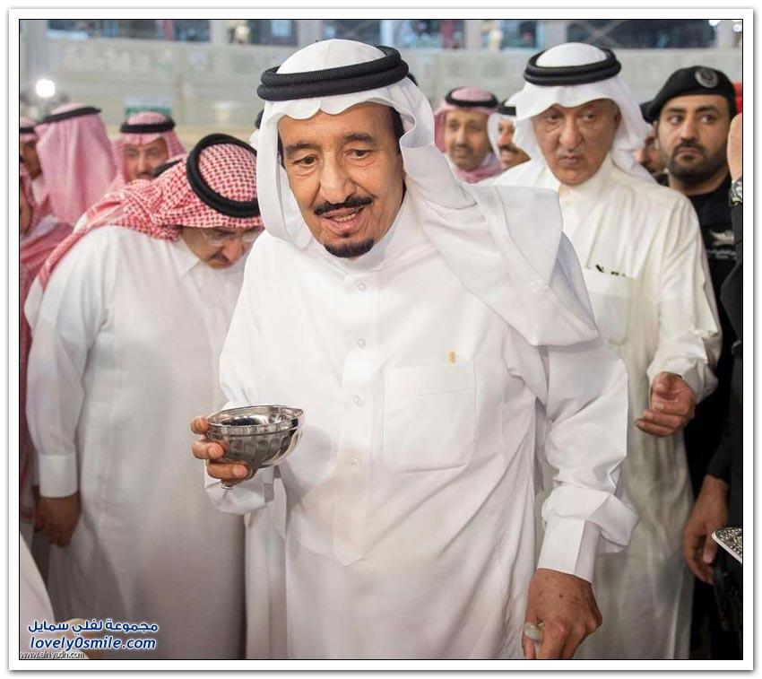 خادم الحرمين الشريفين يتشرف بالمشاركة في غسيل الكعبة