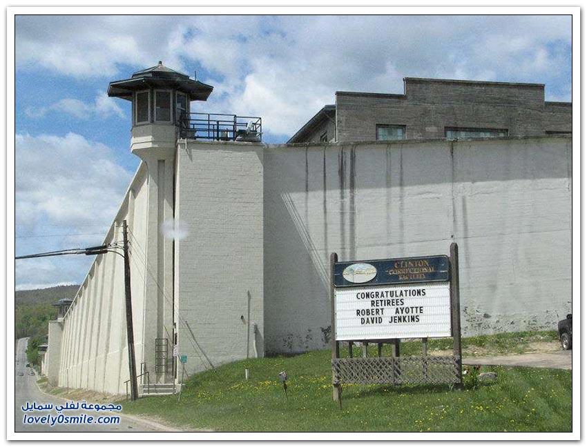 اثنين من القتلة هربا من سجن أمريكي شديد الحراسة