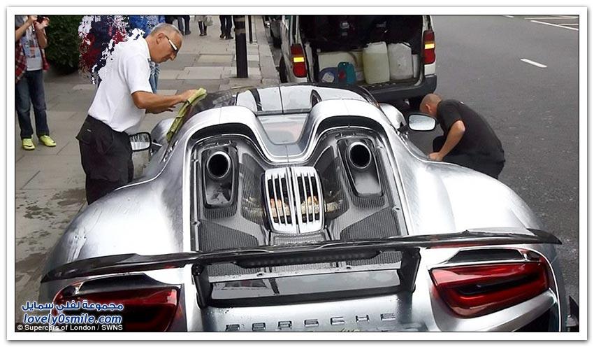 سيارة ملياردير سعودي تعطل مرور لندن