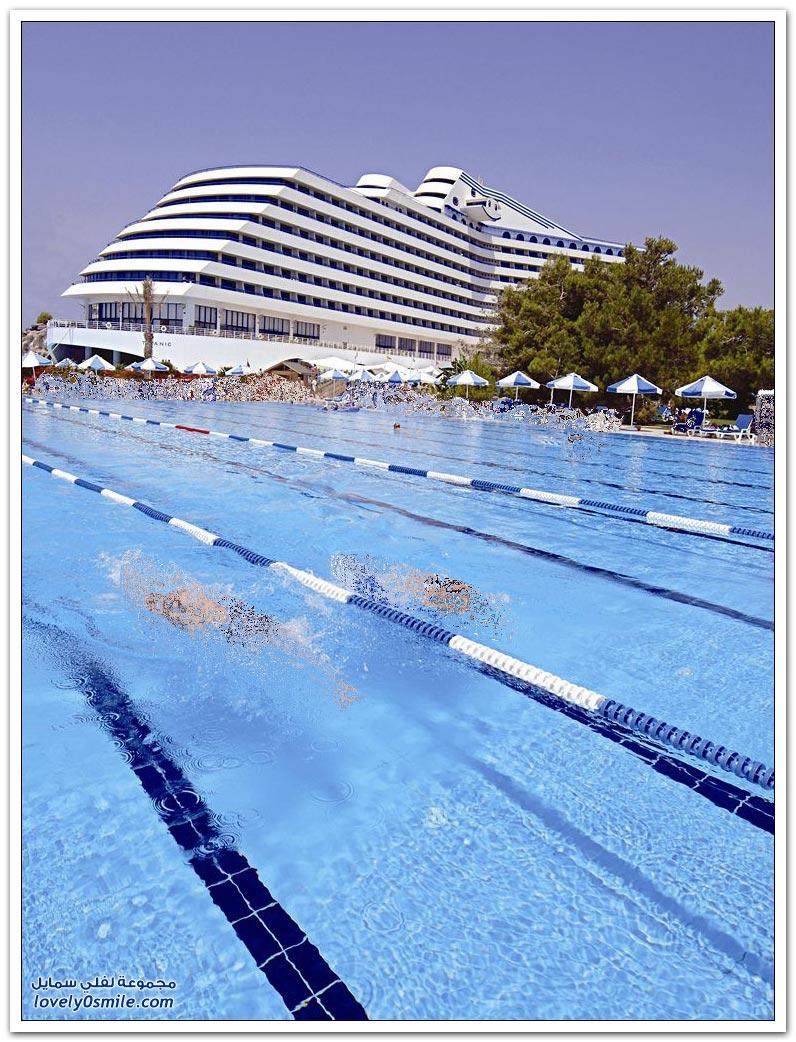 فندق تيتانيك في أنطاليا