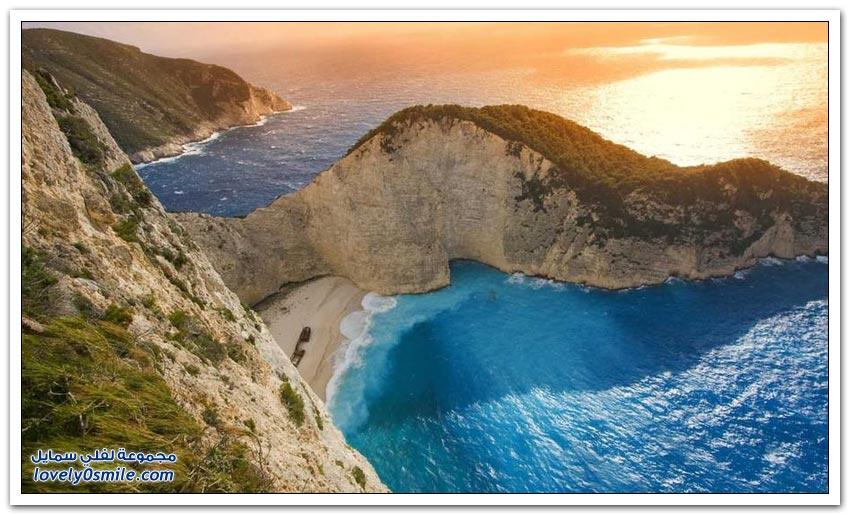 الشواطئ الرملية البيضاء الرائعة حول العالم