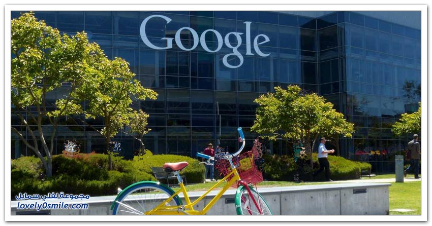 موظف في شركة غوغل يعيش بشاحنة أمام مقر الشركة