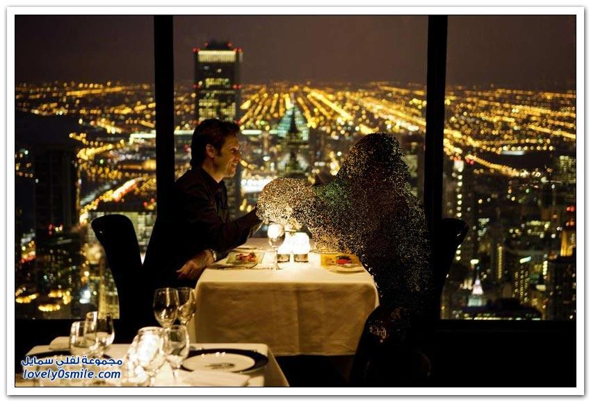 مطاعم في أماكن مميزة حول العالم