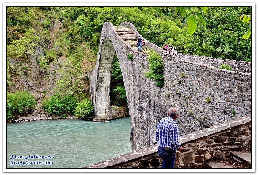جسر بلاكا في اليونان