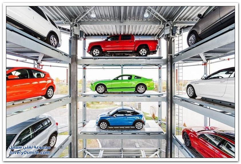 أول آلة لبيع السيارات المستعملة في العالم