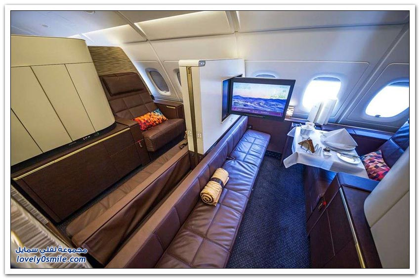 طائرة إيرباص A380 لطيران الاتحاد