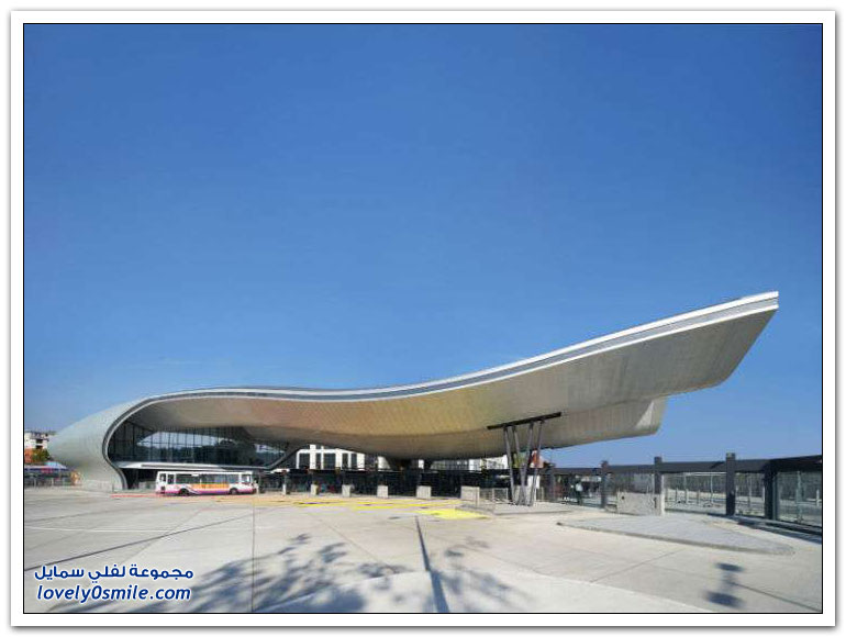 الحافلات Bus-stations-in-some