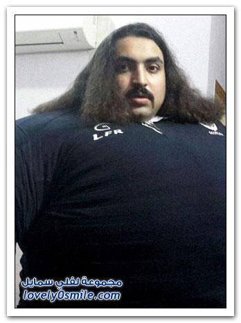 أضخم رجل في باكستان يفطر بـ 36 بيضة