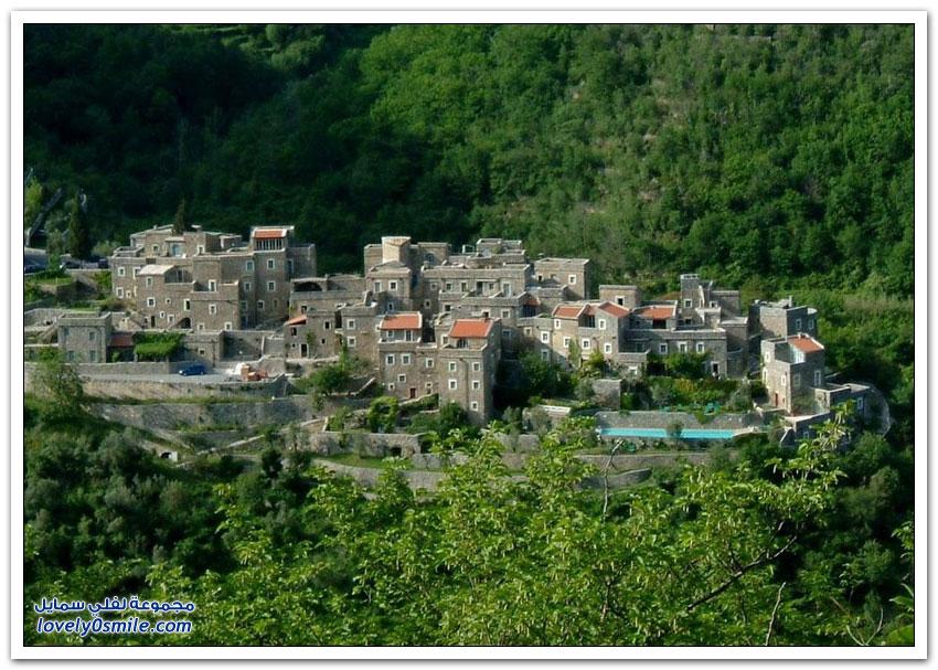 كوليتا دي كاستيلبيانكو قرية من القرون الوسطى مزودة بأحدث نظم التكنولوجيا