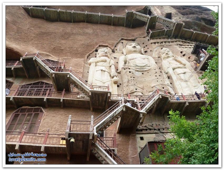 الكهوف الحجرية فى جبل مايجيشان بمدينة تيانشوي
