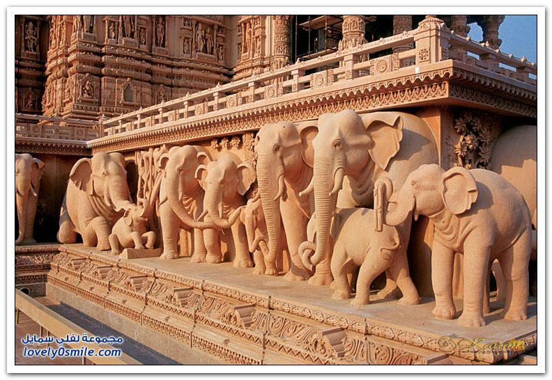 أكشاردام أحد أكبر المعابد الهندوسية في الهند