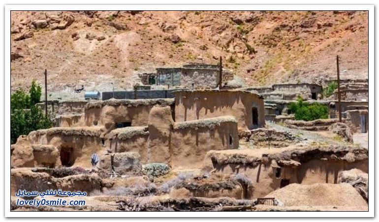 قرية للأقزام على الحدود الإيرانية الأفغانية