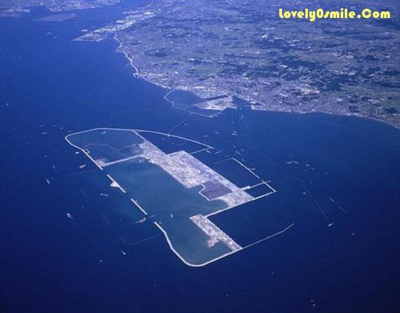 مطار على البحر - صور