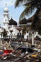 اغرب مسجد قد تصادفه عيناك Indonisia-3