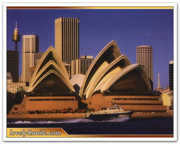 إذا زرت يوماً ميناء سيدني في أستراليا فسوف يلفت