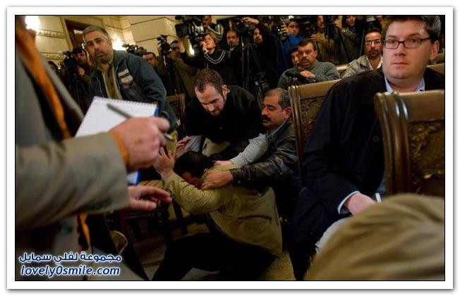 حذاء العزة قبلة الوداع لبوش - بالصور والفيديو