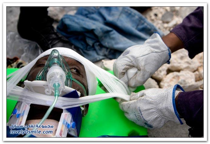 صور من آثار زلزال هايتي