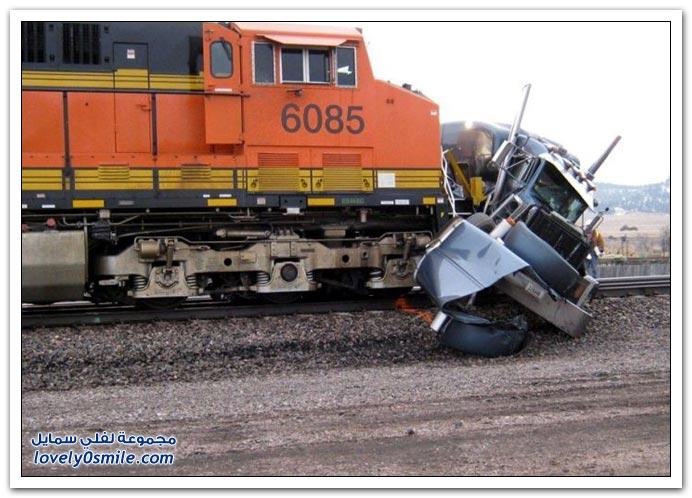 حادث قطار مع شاحنة نفط في ولاية نبراسكا