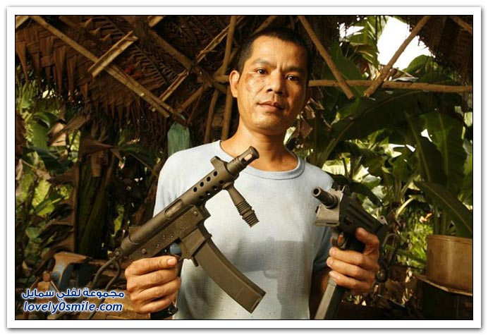 صور صناعة الأسلحة غير قانونية في الفلبين