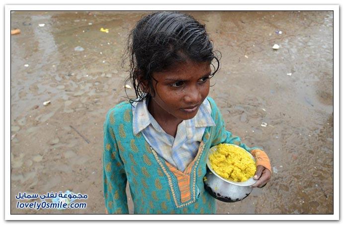 أطفال الهند يسكنون الشوارع