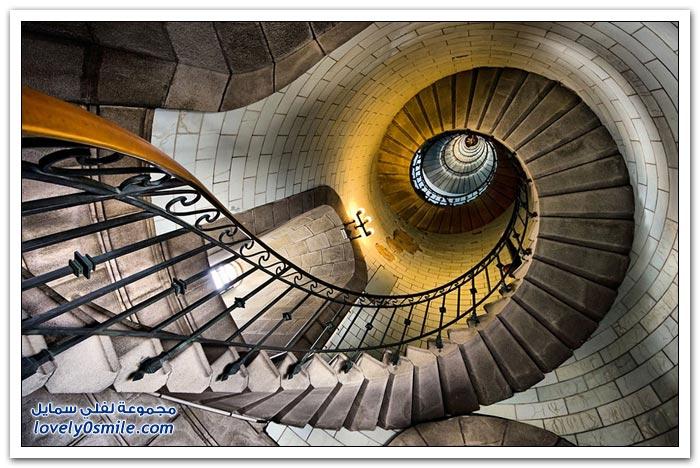 صور الدرج الحلزوني