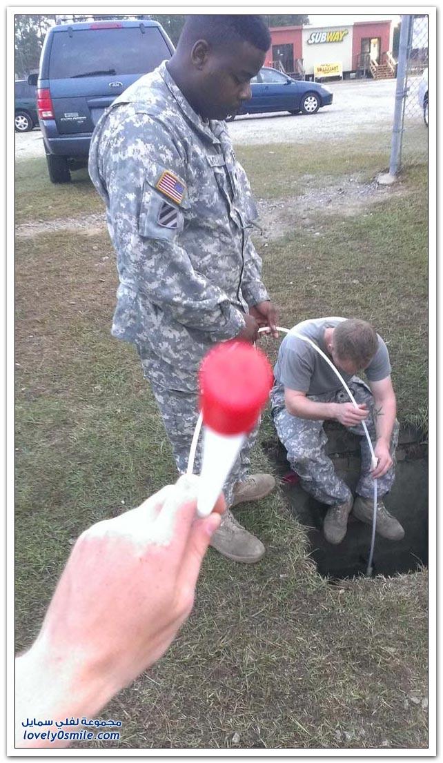 جنود ينقذون قطة