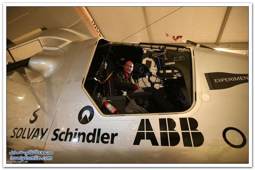 أول طائرة شمسية في سماء أبو ظبي