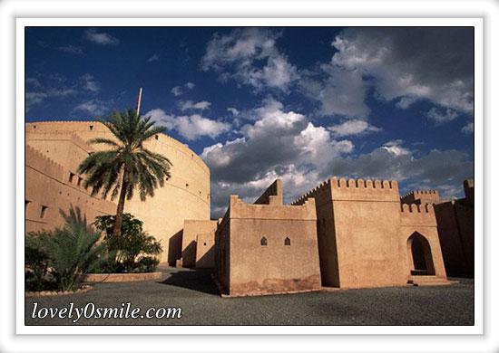 صور من عمان